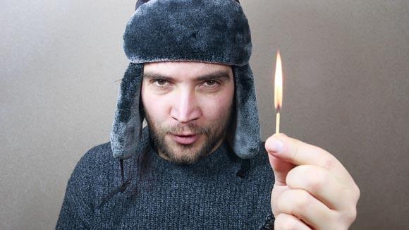 спичка горит