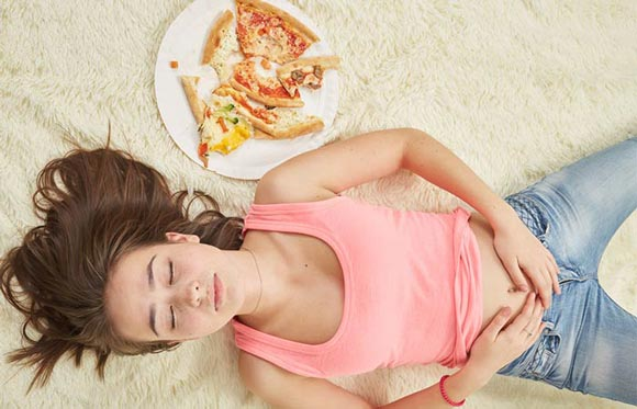 """Чем отличается булимия от простого переедания и как бороться с """"волчьим голодом"""""""