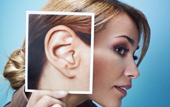 фото уха