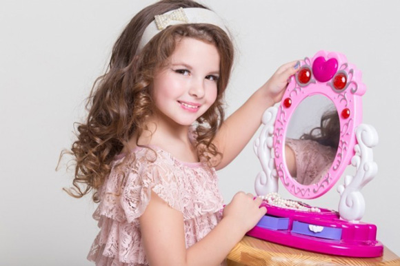 О чем важно помнить, когда воспитываешь девочку
