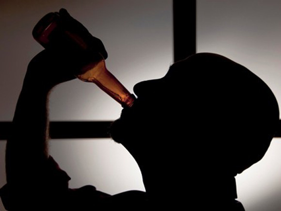 Как помочь мужу разглядеть его алкогольную зависимость