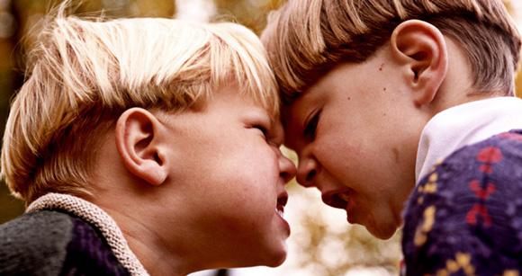 Как родителям активно учавствовать в проблемах ребенка и не решать их за него