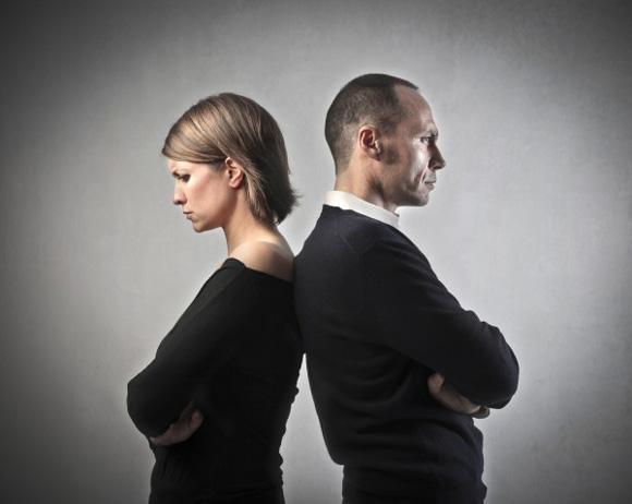 Как спасти разваливаюшийся брак и пройти сложный период в семейной жизни с достоинством